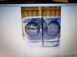 KENMORE ELITE BLACK WASHER AND ELECTRIC DRYER SUPERCAPACITY WITH PEDESTALS for Sale in Hialeah, FL