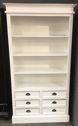 White Bookcase for Sale in Houston, TX