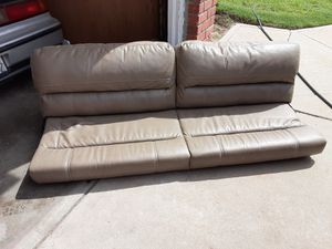 Futon couch for Sale in Selma, CA