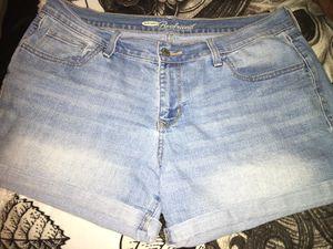 """Old Navy """" Boyfriend """" shorts size 11/12 for Sale in Staunton, VA"""