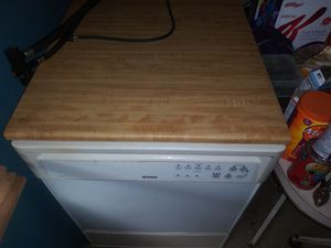 Kenmore apt style dishwasher for Sale in Dade City, FL