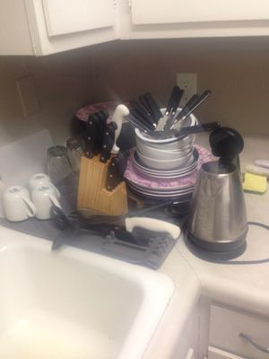 Lots of Kitchen Stuff - Most brand new used once or twice for Sale in Nashville, TN
