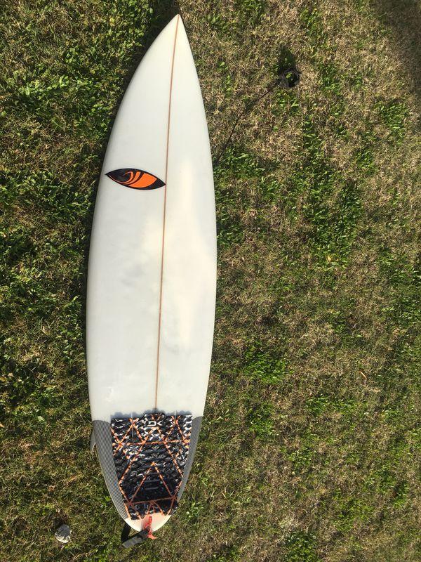5'10 Sharp Eye Surfboard