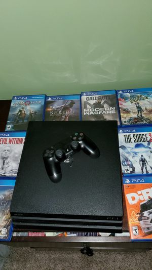 Sony PS4 Pro 1TB- With controller and 7 games! for Sale in Woodhaven, MI