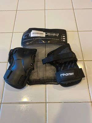 CTHOPPER Wrist Guards Protective gear Size: Large for Sale in San Jacinto, CA