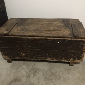 Antique blanket chest for Sale in Pickerington, OH