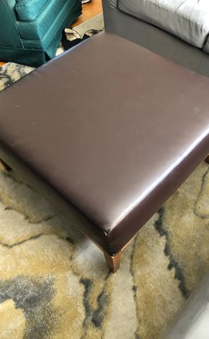 Square Chocolate Leather Ottoman with Wooden Legs (Coffe Table, Brown) for Sale in Baltimore, MD