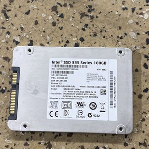 Intel SSD 335 Series 180 GB for Sale in Port Hueneme, CA