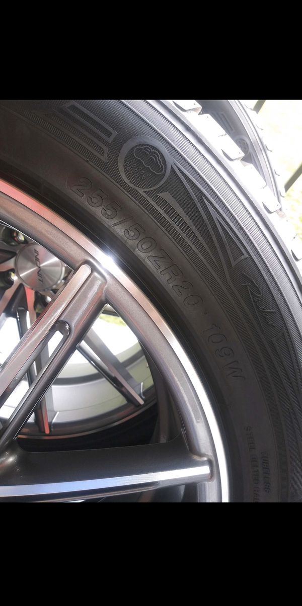 Rims and tires 5 Lugs universal
