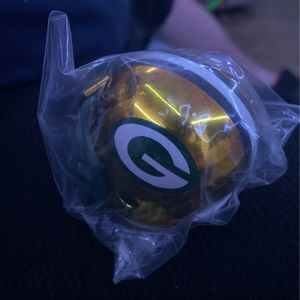Green Pay Packers Collector Helmet for Sale in Belington, WV