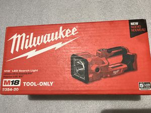 Milwaukee M18 18-Volt 1250 Lumens Lithium-Ion Cordless Search Light (Tool-Only) for Sale in Hayward, CA