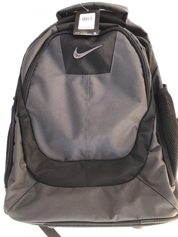 Brand new Nike Rolling Backpack 🎒 $50 FIRM