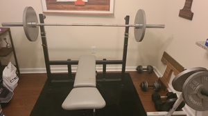 Weight bench and weights for Sale in White House, TN
