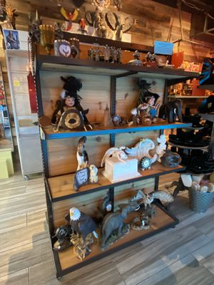 Rustic rolling Display shelf for Sale in Fountain Valley, CA