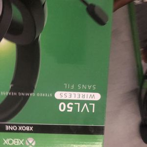Xbox One Headset for Sale in Phoenix, AZ