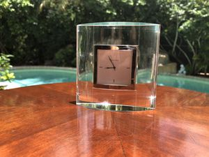 Mavado Crystal desk clock for Sale in Pembroke Pines, FL
