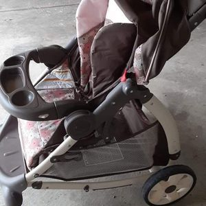 stroller for Sale in Middleburg Heights, OH