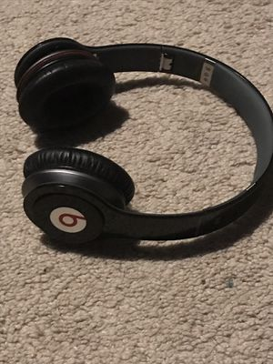 Beats By Dr Dre Solo Hd monster wired headphones for Sale in Covington, WA