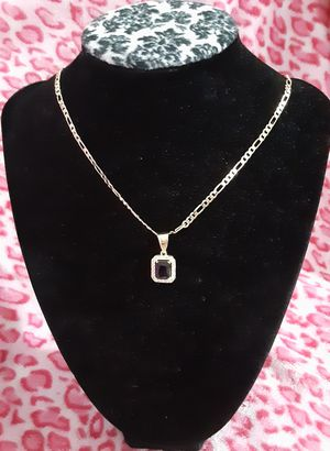 Gold plated chain with the pendant/Cadena con dije de cuadro for Sale in Houston, TX