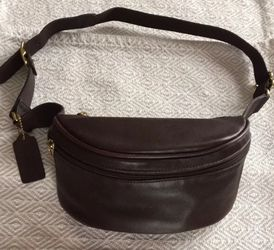 Vintage Coach Canteen Belt Bag for Sale in Cranston,  RI