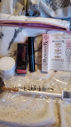 Ipsy makeup for Sale in Spanaway, WA