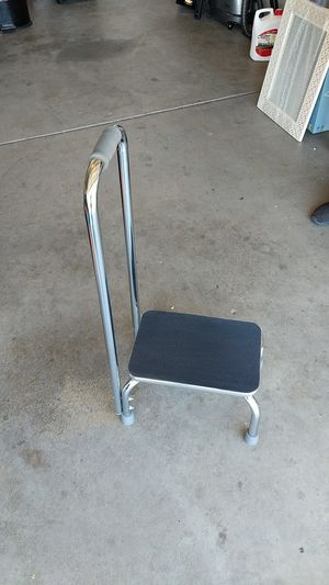 Step stool with support handle for Sale in Palmdale, CA