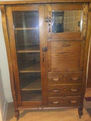 Antique cabinet for Sale in Hazlehurst, GA