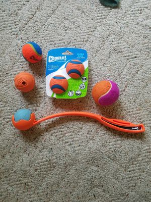 Chuckit set - small / petite for Sale in Georgetown Township, MI