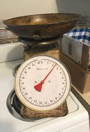 Vintage looking kitchen scale for Sale in Tarpon Springs, FL