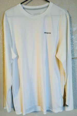 Patagonia long sleeve shirt for Sale in Modesto, CA