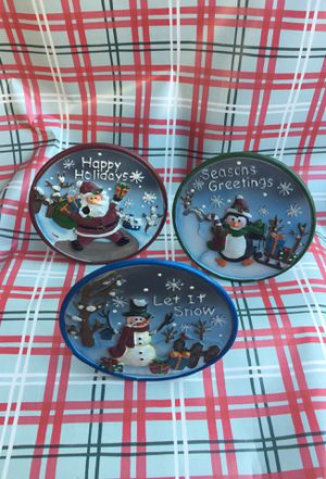 3 decorative Christmas plates for Sale in Baldwin Park, CA