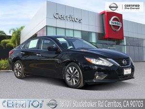 2017 Nissan Altima for Sale in Cerritos, CA