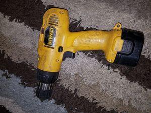 9.6 v Dewalt drill for Sale in Dearborn, MI