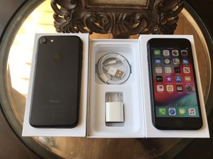 IPHONE 7 128GB FACTORY UNLOCKED EXCELLENT CONDITION for Sale in Chicago, IL