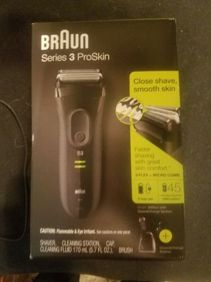 NEW Braun Electric Shaver 3 for Sale in Tulsa, OK