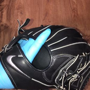 Nike Sha/Do Edge Baseball Glove for Sale in Los Angeles, CA