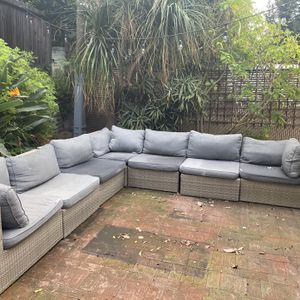 Outdoor Patio Sectional 7 Piece for Sale in Los Angeles, CA