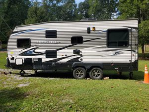 17 FT. Jayco Octane Toy Hauler Camper for Sale in Bolivar, WV