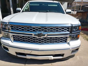 2014 Chevy Silverado LTZ headlights and grill ONLY only for Sale in Ontario, CA