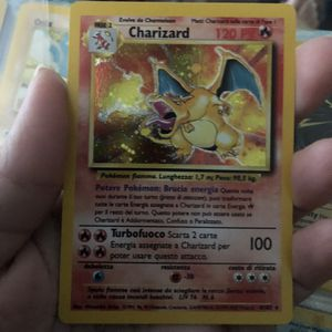 CHAIZARD CARD 1999 for Sale in Port St. Lucie, FL