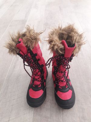 Ralph Lauren girls water resistant boot for Sale in Chesapeake, VA