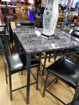 Table with 4 chairs pub for Sale in Orland Hills, IL