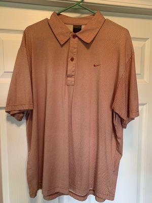 Nike golf shirt size XL for Sale in Cadwell, GA