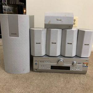 Panasonic Surround Sound System With 5 Speakers And Woofer for Sale in Baltimore, MD