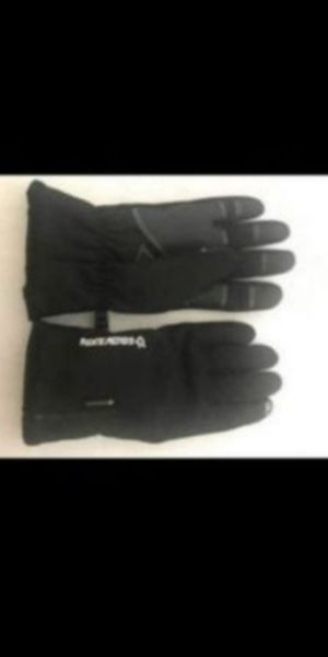 New. Golovejoy Waterproof Winter Warm Gloves for Outdoor Sports for Sale in Corona, CA