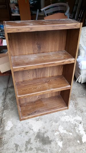 Small bookcase / shelf for Sale in Vernon Hills, IL