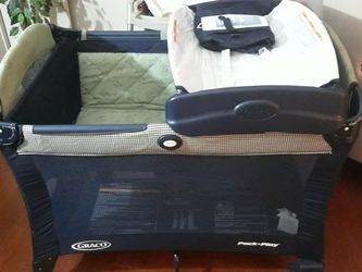 Graco Pack N Play for Sale in Virginia Beach,  VA