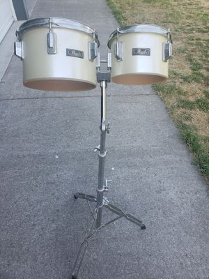 Dual Pearl Tom's on hefty stand for Sale in Missoula, MT
