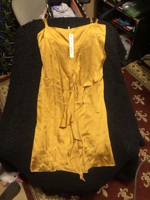 Esley dress size small for Sale in Baton Rouge, LA