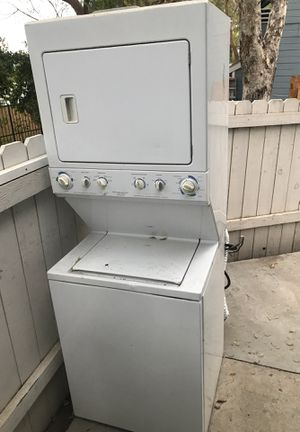 Free stackable washer and dryer for Sale in Los Angeles, CA